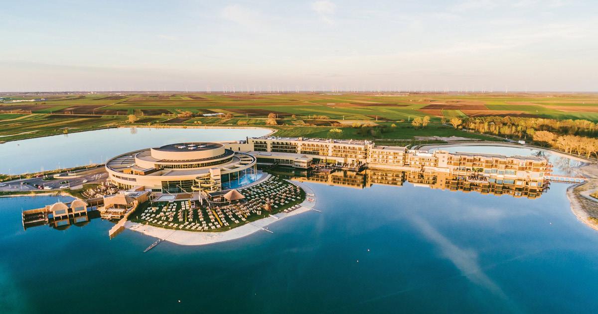 st martins slider Vogelperspektive Luftaufnahme Resort Therme und Lodge 1200x630